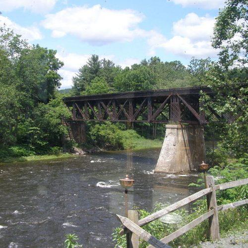 800px-rr_bridge_p6270154_over_lackawaxen_river